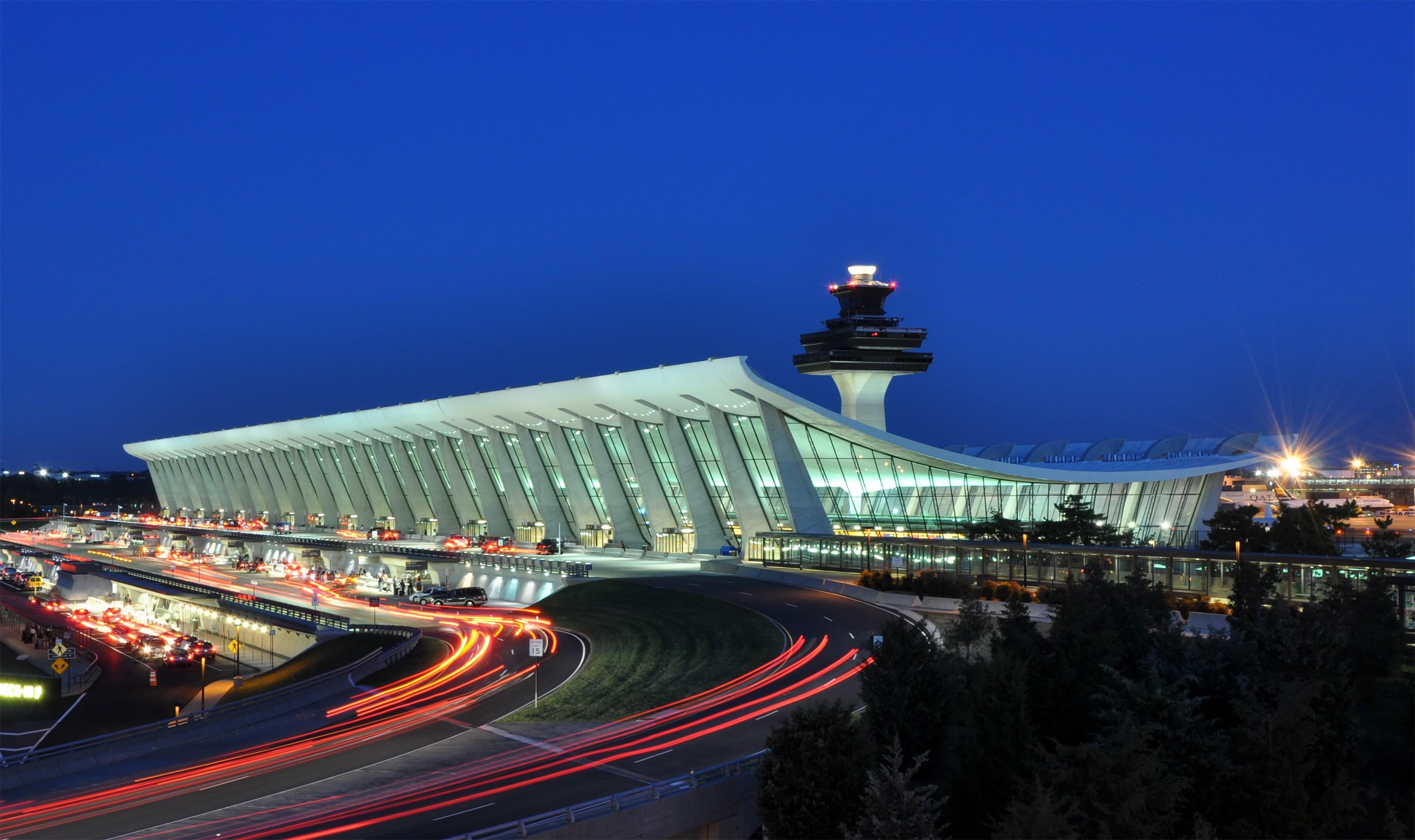 Aeropuerto-viaje-sorpresa-wishandfly