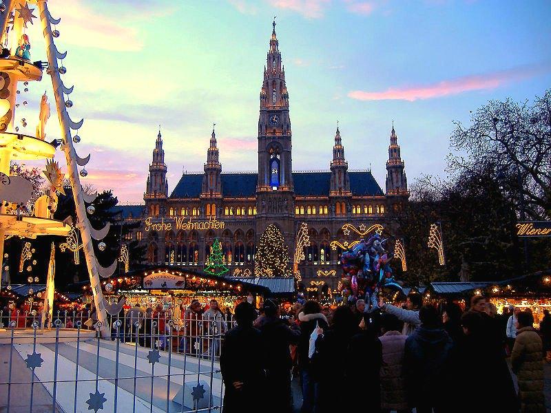 Rathaus-Viena-viaje-sorpresa-wishandfly