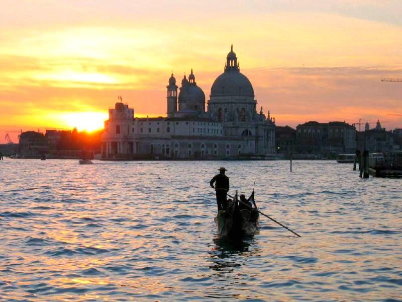 Viaje Sorpresa a Venecia