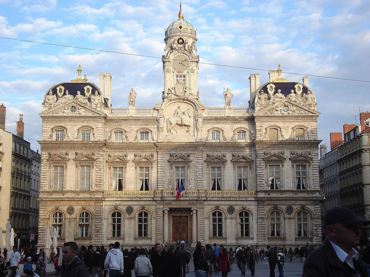 Ayuntamiento Lyon Wish&Fly Viaje Diferente
