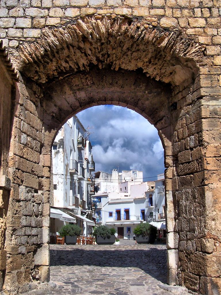 Dalt Vila Ibiza Wish&Fly Escapada Sorpresa