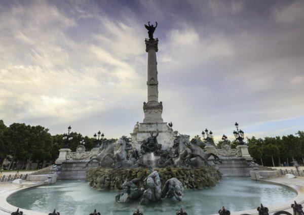 Monumento Girondins Burdeos Wish&Fly Escapada Sorpresa