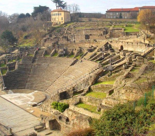 Teatro Lyon Wish&Fly Viaje Económico