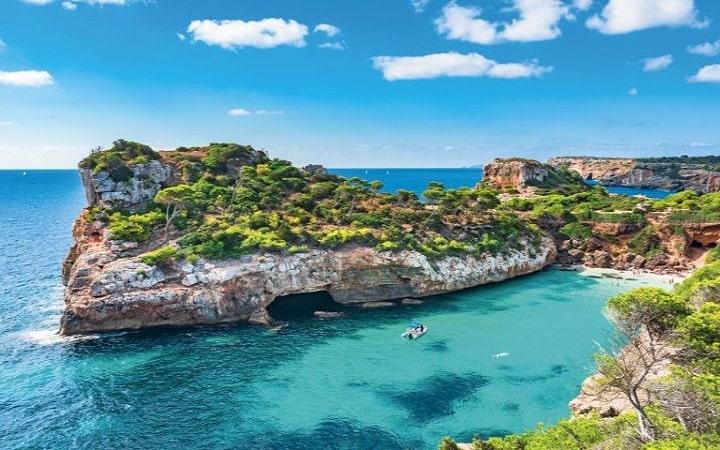 Palma de Mallorca Wish&Fly destination surprise. Voyage surprise.